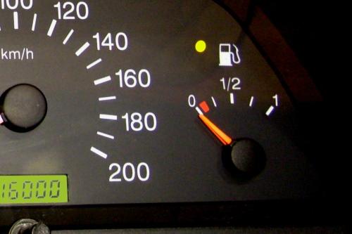 Фото №28 - указатель уровня топлива ВАЗ 2110